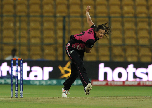 Suzie Bates, Captain of New Zealand bowls during Women's ICC World Twenty20 India 2016 match between South Africa and New Zealand at the Chinnaswamy stadium photo credit: ICC/Getty Images