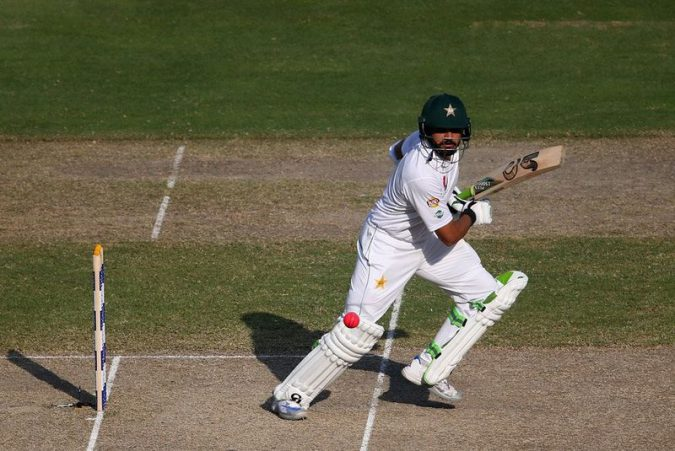 Azhar Ali BATTING By Dunya News (Twitter) [CC BY-SA 4.0 (http://creativecommons.org/licenses/by-sa/4.0)], via Wikimedia Commons